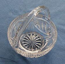 Bleikristall-Kleines Henkelkörbchen (Formglas) mit allen Schliffarten-Handarbeit