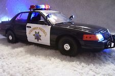 CALIFORNIA HWY PATROL DIECAST  POLICE 1/18 UT  WITH WORKING LIGHTS AND SIREN