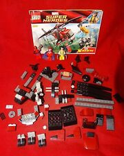Lego Wolverine's Chopper Showdown 6866 Wolverine Deadpool Helicopter DC Comics