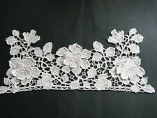 Late 19C Antique italian point de rose needle lace 3D 3 roses + 2 buds great