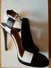 Givenchy Stiletto Pumps, Calf leather, Size 35
