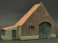 DIO72 001 Dutch farm stable 1:72 scale resin military diorama model kit building