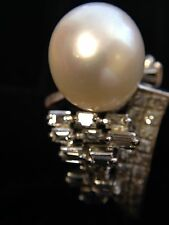 14 K  GOLD RING WITH LARGE SOUTH SEA PEARL AND DIAMONDS