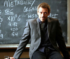 HUGH LAURIE UNSIGNED PHOTO - 8360 - HOUSE M.D.