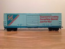 """HO Scale """"Swanson's Frozen Products"""" 50 Foot Freight Train Box Car"""