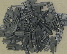 LEGO LOT OF 50 NEW FLAT SILVER CLAWS PERSIAN WEAPONS PIECES