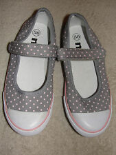 GIRLS SHOES NPO - SIZE 30