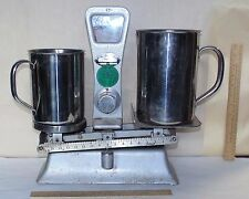 EXACT WEIGHT - Vintage BALANCE SCALE with 3 WEIGHTS and 2 PITCHERS - CAP. 5 LBS