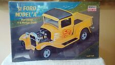 """MINICRAFT 1/16 Scale Model Car Kit 31 Ford Model """"A"""" #11223 SEALED"""