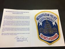 Washington, DC POLICE PATCH In PRESENTATION FOLDER from Police Chief