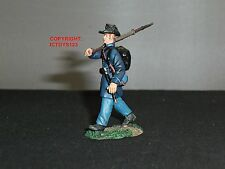 BRITAINS 31123 UNION INFANTRY IRON BRIGADE MARCHING NO.1 TOY SOLDIER FIGURE