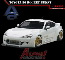 AUTOART 78756 1:18 TOYOTA 86 ROCKET BUNNY MATT WHITE/GOLD RIMS