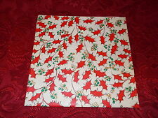 VTG CHRISTMAS WRAPPING PAPER GIFT WRAP 1950 RETRO GOLD GREEN RED HOLLY BERRY