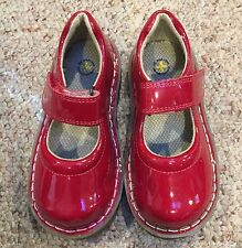 NEW Dr Martens Girls Kids Mary Janes Size UK 7 US 9 Red Patent leather flats