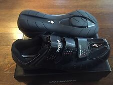 New-Old-Stock Spin/Road Specialized Sport Touring Shoes Size 41 Euro; 8 US Black