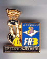 RARE PINS PIN'S .. TENNIS ROLAND GARROS RADIO TV FR3 A2  92 COUPE OR DECAT ~CP
