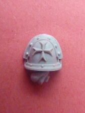 FORGEWORLD Heresy IMPERIAL FISTS TEMPLAR BRETHREN RH SHOULDER PAD (A) - 40K