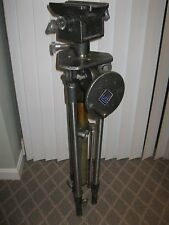 ITE Innovative Television Equipment Vintage T6-147 M/N 114 camera tripod stand