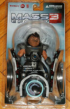 MASS EFFECT 3 SERIES 1 BIOWARE EA BIG FISH TOYS GRUNT COLLECTOR ACTION FIGURE