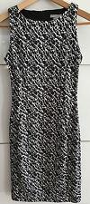 NEU: H&M Kleid Gr. XS schwarz weiß tailiert Partykleid Minikleid Mini Stretch