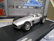 MERCEDES BENZ Silberpfeil W196 W 196 R Racing Car silber Racing WB IXO 1:43