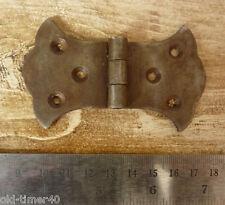 2x Prensado Acero Gótico Vintage MARIPOSA BISAGRA 85 x 50mm Antigüedad Hierro