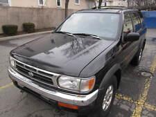 Nissan: Pathfinder 4dr SE 4WD M