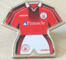 NOTTINGHAM FOREST Vintage 1970s 80s Insert badge Brooch pin Chrome 28mm x 26mm