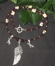 Raven wing, grenat & crâne collier-pour la morrigan-wicca, sorcellerie