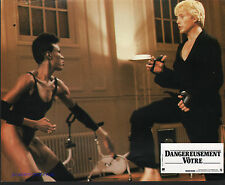 JAMES BOND A VIEW TO A KILL GRACE JONES CHRISTOPHER WALKEN KARATE ORIG FRENCH