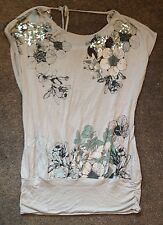 Top New Look Size 8 Embellished Grey Sequin Floral Green Tshirt Low Backless