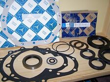 Mercedes Unimog 404 Full Set of Front Axle Gaskets & Oil Seals - NEW