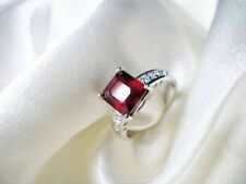 EXCEPTIONNELE BAGUE CREATEUR 3150E OR BLANC RUBIS 3,30CT DIAMANT 0,38CT 18Carats