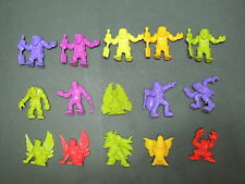 Monster In My Pocket : Lot 15 Figurine differente / neon and dark figure N°1