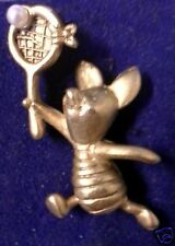 "Walt Disney Collectible pin - Piglet (Winnie The Pooh) special tennis pin ""Cool"""