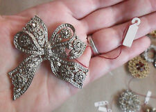 Vintage English BOW Pin BROOCH Chiseled Silver Tone Metal, Little Flowers 2 3/8""