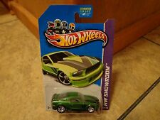 2013 HOT WHEELS SUPER TREASURE HUNT--'07 GREEN FORD MUSTANG CAR (NEW)