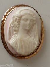 CAMEO BROOCH 9 CARAT GOLD VICTORIAN ANGEL SKIN CARVED FIGURAL GIRL MAIDEN PIN