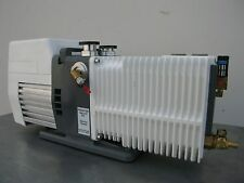 ALCATEL 2021i VACUUM PUMP, 14 CFM, TESTED TO 8 MICRONS - ELECTRIC,LAB,INDUSTRIAL