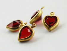 VINTAGE 4 MACHINE CUT GLASS HEART PENDANT BEADS RUBY RED 10mm