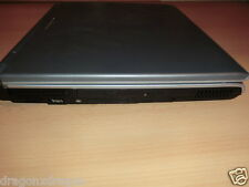 "MEDION MD 41700 15"" notebook difettoso, 256mb di RAM, HDD 40gb, Win XP licenza"