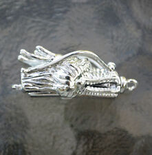 Silver plated Dragon Head Pinch On and Off with Bar style clasp, (P01S)