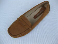 Pierre Dumas Womens Shoes NEW $45 Driving Tan Perf Loafer Driver 11 M