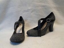 LEI Turf Gray & Black Patterned High Heels Mary Jane Style Pumps Shoe Size 8