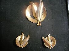 Vintage Textured Solid Copper Disk & Feather Clip-on Earrings & Matching Brooch