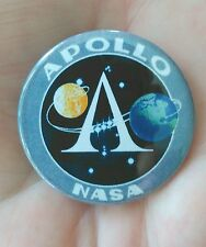 38mm pin badge depicting. 'NASA Apollo program' patch