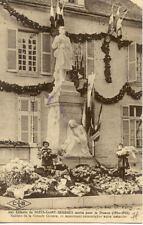 NUITS-SAINT-GEORGES monument aux morts fillettes