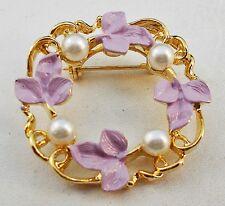 Vintage Lavender Enameled Ivy & Pearl Goldtone WREATH Pin Brooch U8