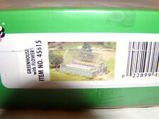 Bachmann 45615 Plasticville USA Greenhouse with Flowers O-27 MIB New This is Kit
