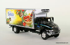 DCP 1:64 INTERNATIONAL 4400 STRAIGHT-BODY DELIVERY TRUCK: SYSCO FRESH